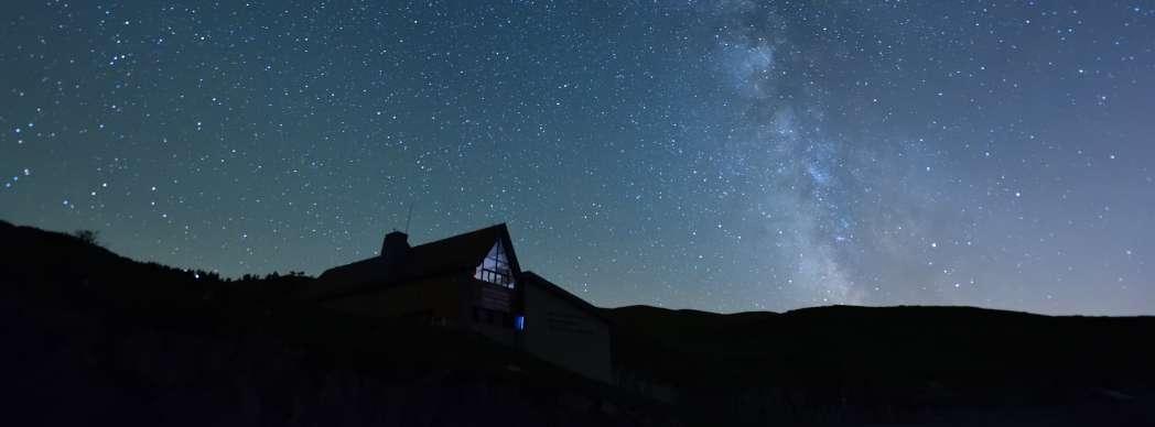 Observación de estrellas en el Valle de Roncal