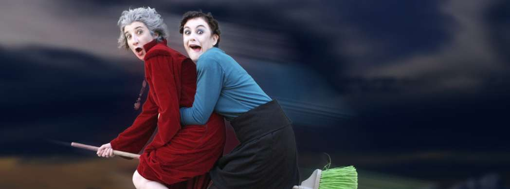 "Teatro: ""Brujas"""