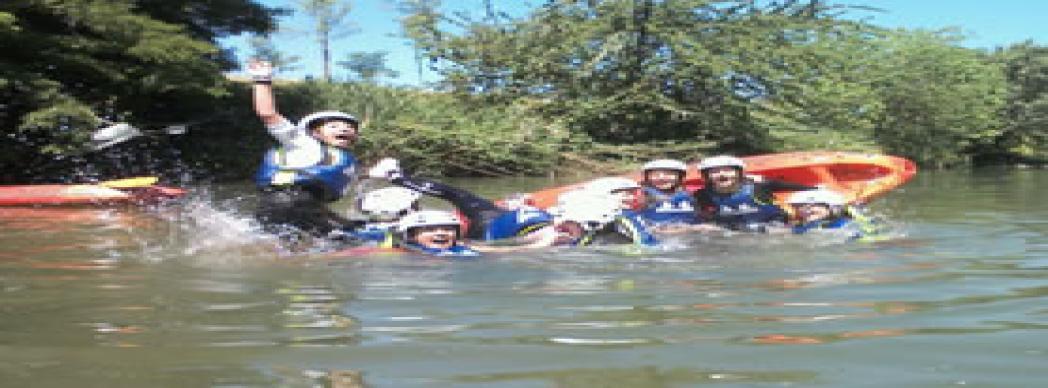 Kayak para grupos de personas adultas y menores