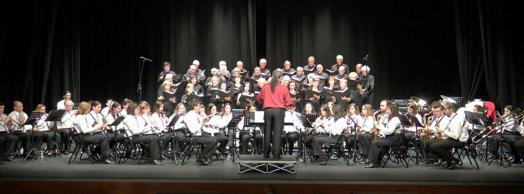 Concierto conjunto de la Coral San Blas con la Banda de Música Municipal de Burlada
